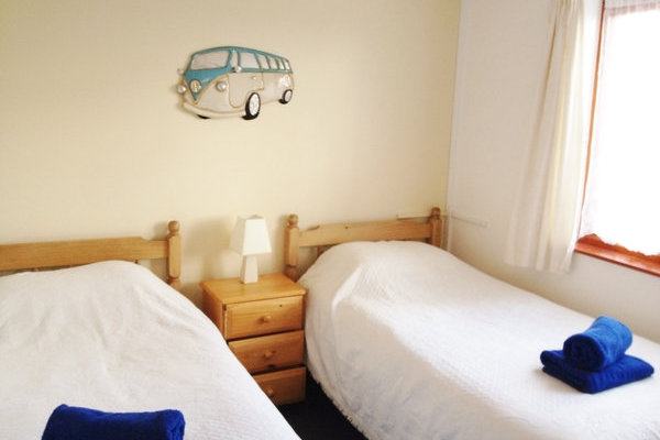 2 person lodge - twin beds NO DOGS
